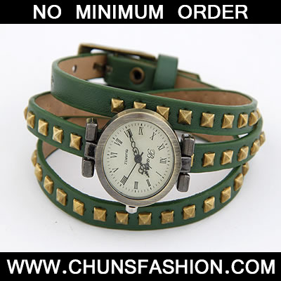 Green Rivet Pu Leather Ladies Watch