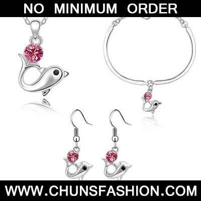 Plum Red Set Dolphin Crystal Set