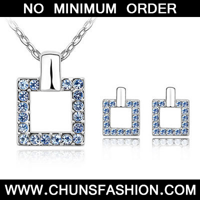 Light Blue Set Square Crystal Set