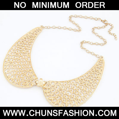 Gold Hollow Out Fake Necklace