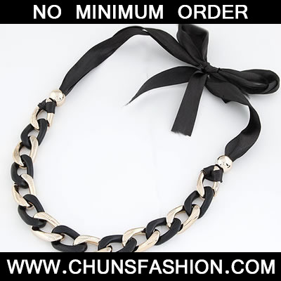 Black Exaggerated Thick Chain Necklace