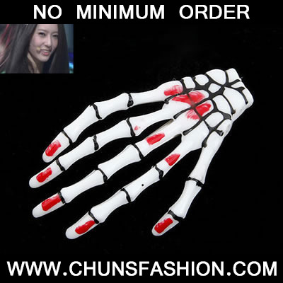 White Skeleton Hands Brooche