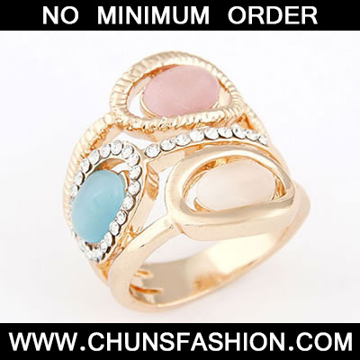 Gold Opal Elegant Ring