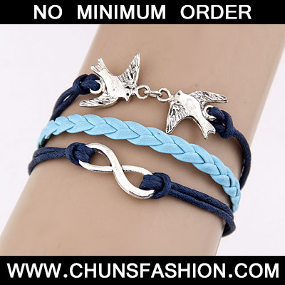 8 shape swallow Bracele