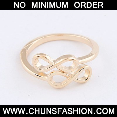 Gold Double 8 Ring