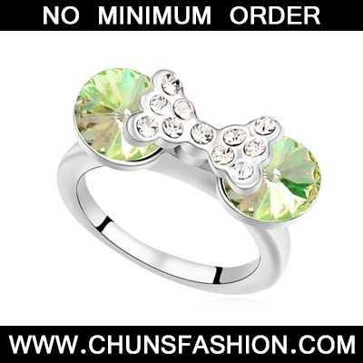 Luminous Green Diamond Bowknot Austrian Crystal