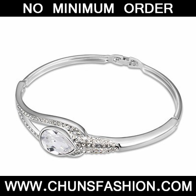 White Tear Shape Austrian Crystal Bracelet