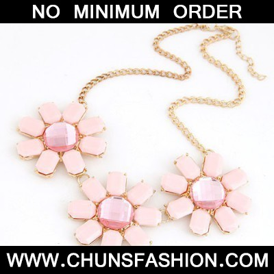 Pink Three Rich Flower Necklace