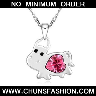 plum red diamond cow pendant Crystal