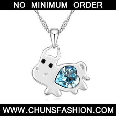 navy blue diamond cow pendant Crystal