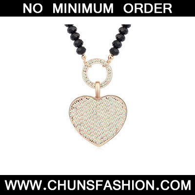 white&Champagnegold diamonddecoratedheart shapedpendantalloy Crystal Necklace