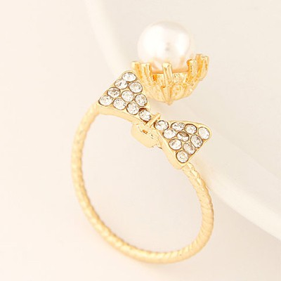 gold pearl bowknot Ring