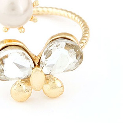 gold pearl butterfly Ring