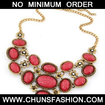 red oval shape Necklace
