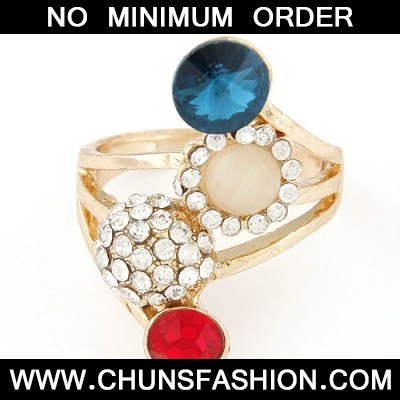 multidiamond horn shape Ring