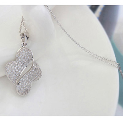 White Diamond Crystal Necklace