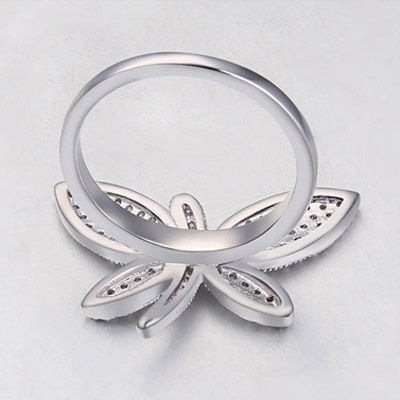 White Diamond Dragonfly Shape Zircon Crystal