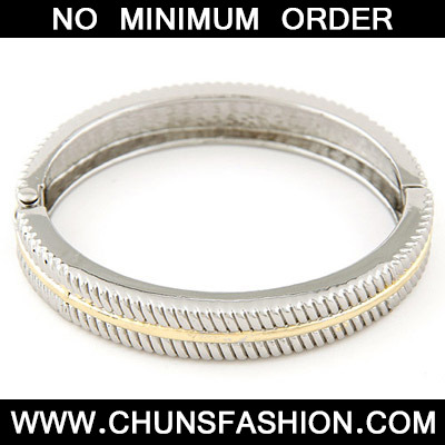 Silver Round Shape Bangle