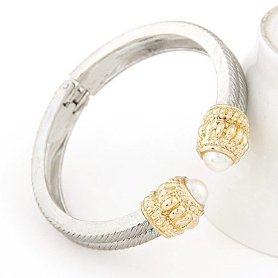 Silver Pearl Bangle