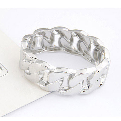 Silver Interlocking Bangle
