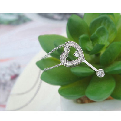 White Diamond Heart Shape Pendant Crystal