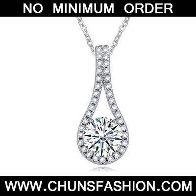 White Diamond Geometric Shape Pendant Crystal