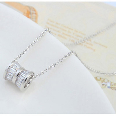 White Shaft Shape Pendant Zircon Crystal