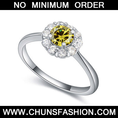 Olive Diamond Flower Zircon Crystal Ring