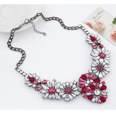 Plum Red Flower Necklace