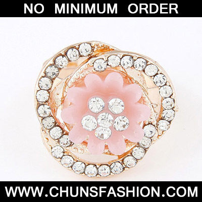Pink Diamond Flower Shape Ring