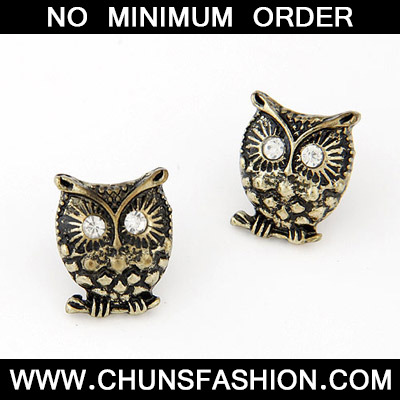 Bronze Diamond Owl Shape Stud Earring