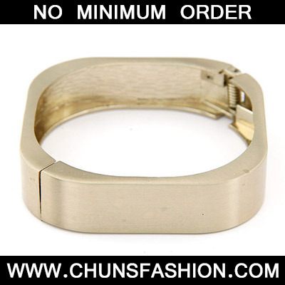 Bronze Pure Square Shape Bangle