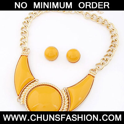 Yellow Round Shape Jewelry Set