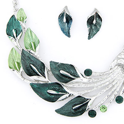 Green Diamond Leaf Shape Jewelry Set