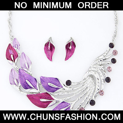Plum Red & Purple Diamond Leaf
