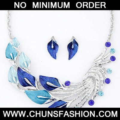 Blue Diamond Leaf Shape Jewelry Set
