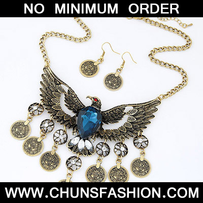Blue Eagle Shape Hollow Out Jewelry Set
