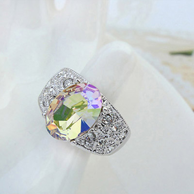 Luminous Green Crystal Ring