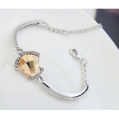 Gold Shell Shape Crystal Bracelet