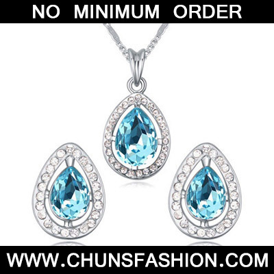 Navy Blue Diamond Waterdrop Shape