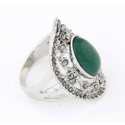 Green Diamond Hollow Out Ring