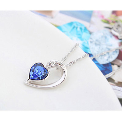 Navy Blue Diamond Heart Pendant Crystal