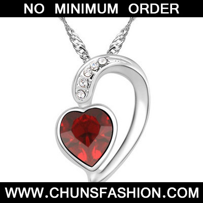 Dark Blue Diamond Heart Pendant Crystal