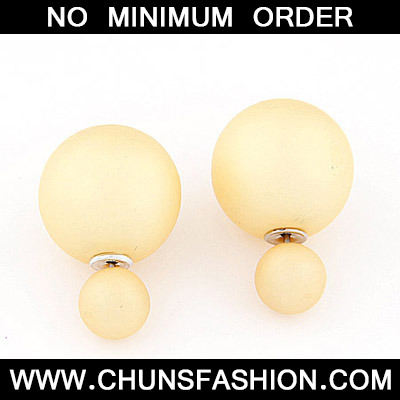 Ligth Yellow Pure Round Shape Stud Earring