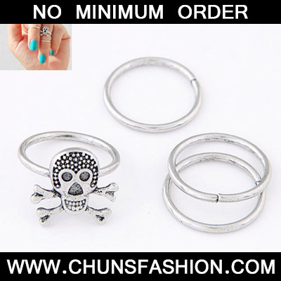 Silver Skull Shape Rings 4 Pieces