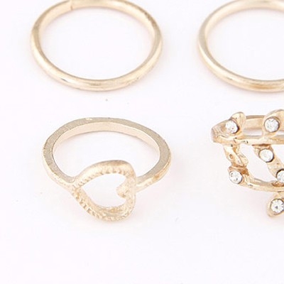Gold Diamond Heart Shape Rings 4