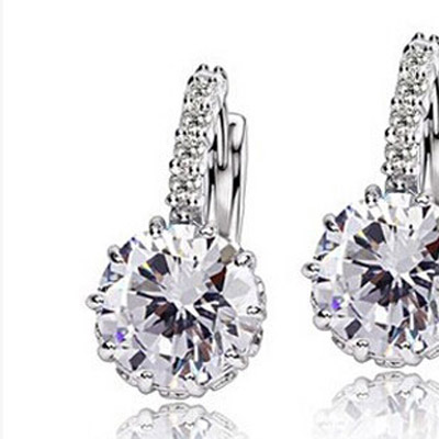 White Diamond Crystal Earring