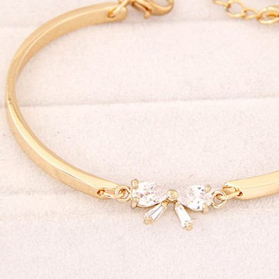 White Diamond Bowknot Shape Cuprum Bracele