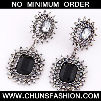 Black Hollow Out Stud Earring