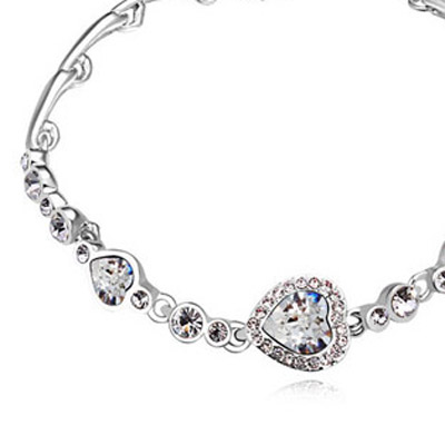 White Diamond Heart Shape Crystal Bracelet